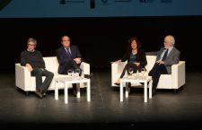 Forges, Trueba y Gabilondo reivindican en el II Foro de la Cultura el humor como medio para enfrentar la realidad con sentido crítico